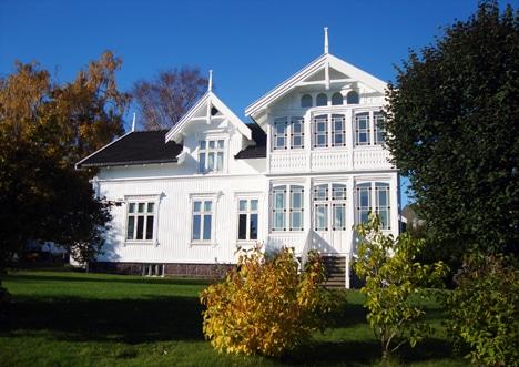 Huset i høstprakt