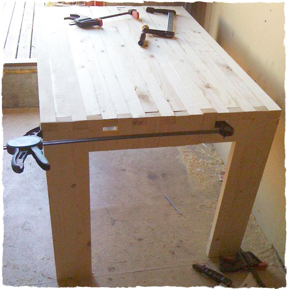Spisestue bord: bordeaux spisebord skan møbler. spisebord som vil ...