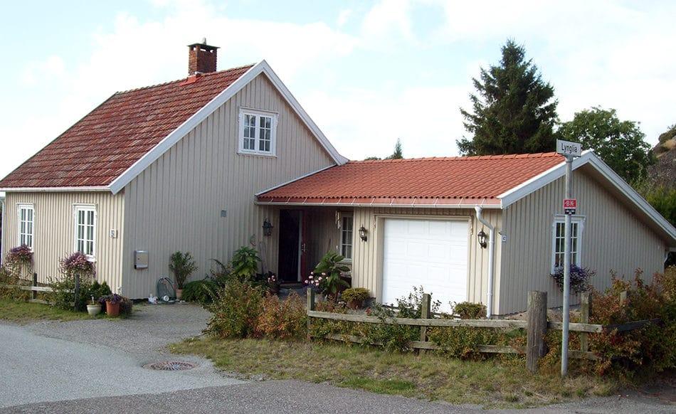 Hus med garasje