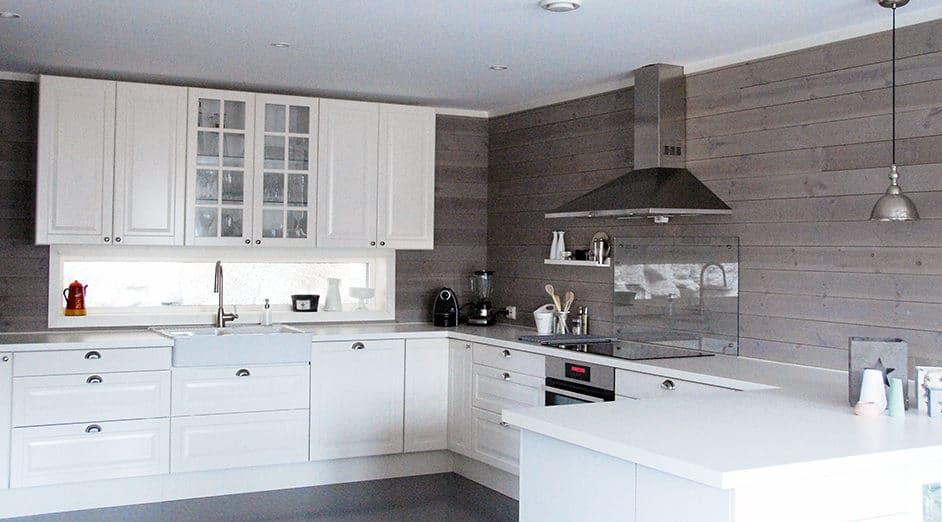 Kjøkken med panel