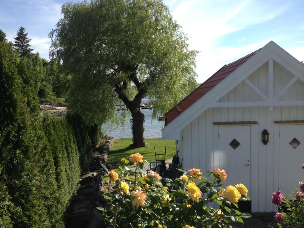 f26979667 Bergene Holm blogg » Finalist nr.5: Vakker sjøbod