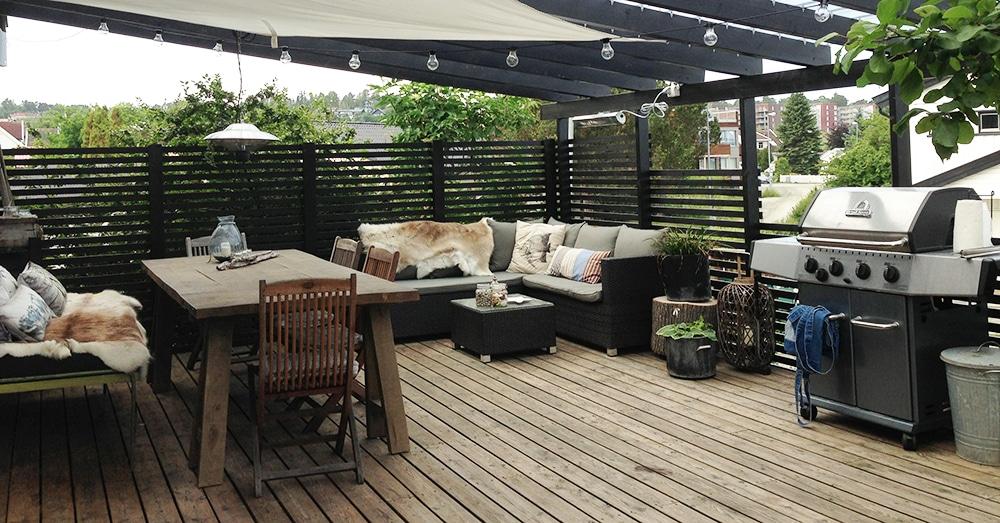 pergola p terrassen liggende kledning rundt vindu. Black Bedroom Furniture Sets. Home Design Ideas
