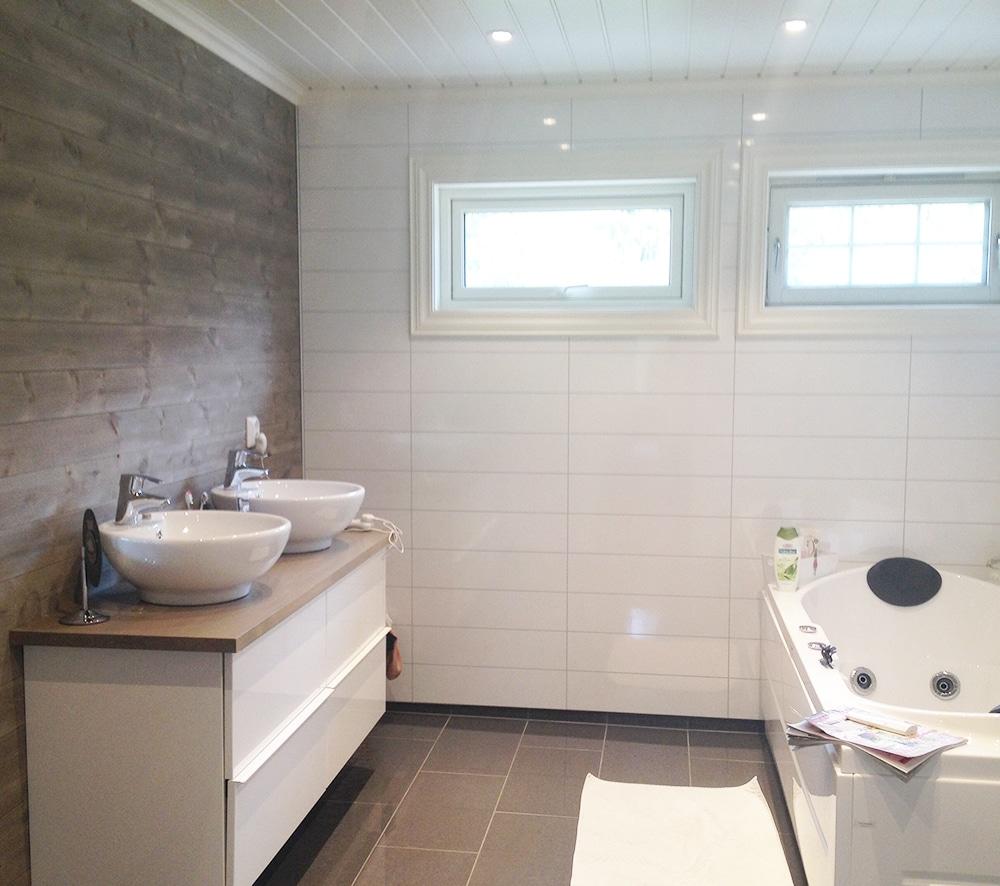 bergene holm blogg vakkert og smart med tre p badet. Black Bedroom Furniture Sets. Home Design Ideas