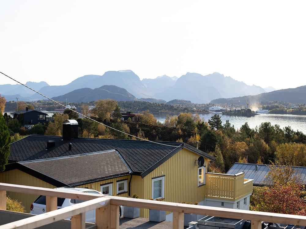 Bilde av utsikt fra terrasse under utbygging - Eksteriørprisvinner 2020 - Villa Betzybo
