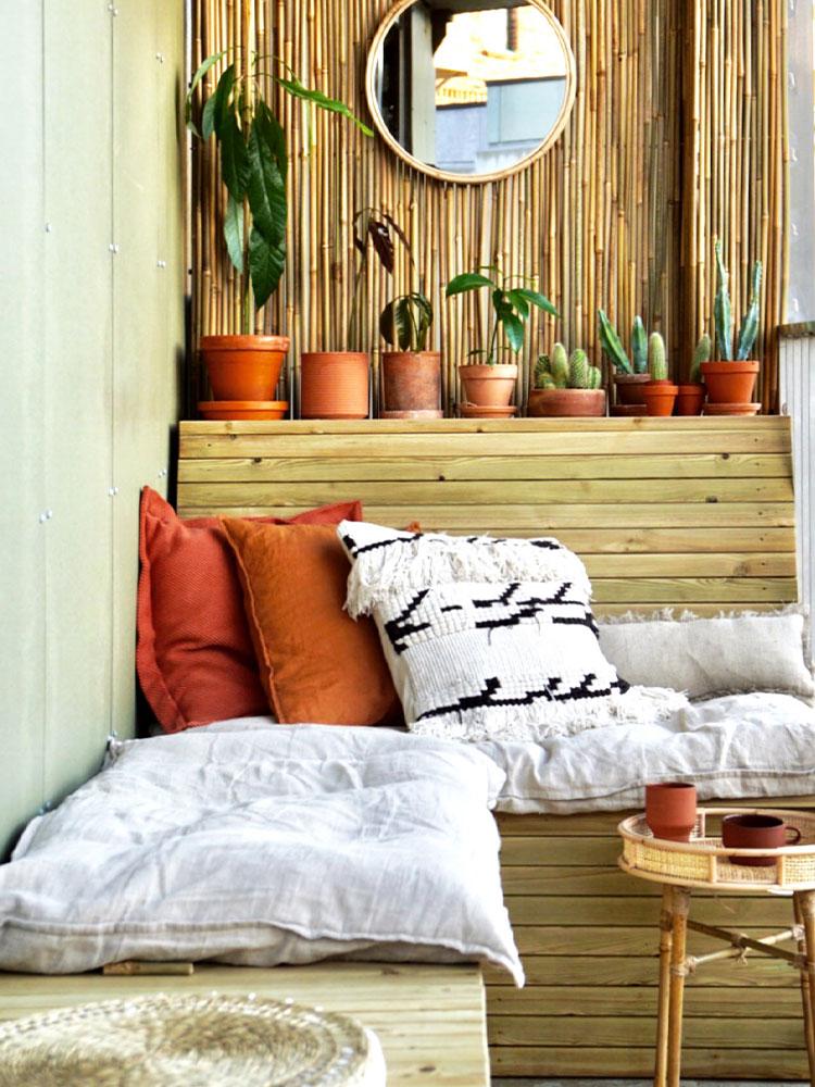 Balkong med hjemmelaget benk kreativitetspris