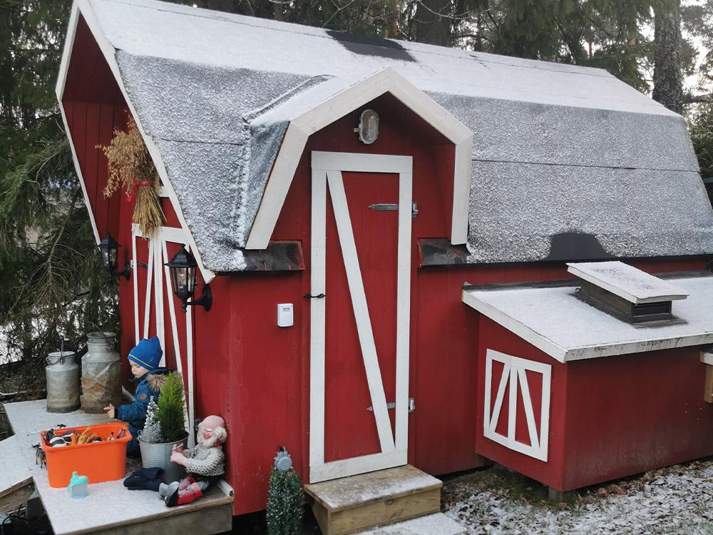 Bilde av hønsehus som de brukte til inspirasjon i forbindelse med køyesengen med bondegårdstil. Fra Barnas Trepris og kategorien 'kreative barnerom' 2021.