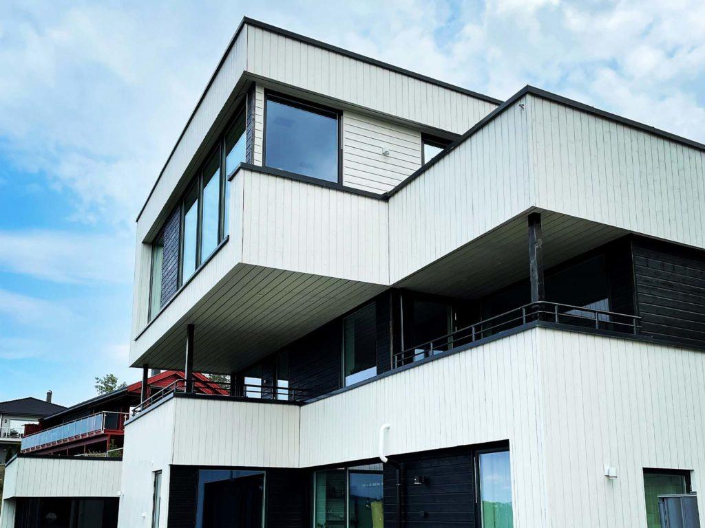 Bilde av ny bolig med flere etasjer. Eksteriørprisen 2021 - finalist nummer 7.