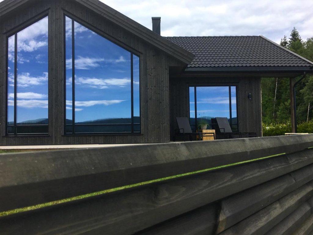 Bilde av hus med NORD kledning - finalist nummer 5 i årets eksteriørpris